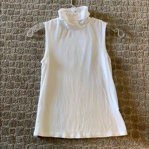 Theory sleeveless turtle neck - white
